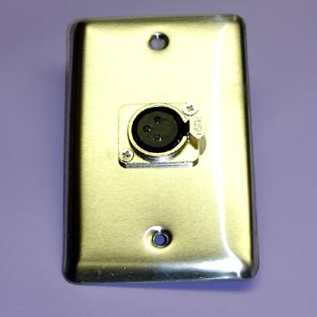 GBSH-2232 WALL PLATE XLR 3JK LOCK METAL